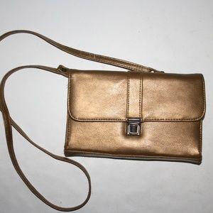 Gold Sasson 1995 purse